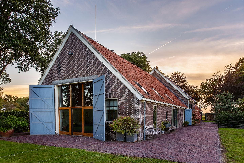 Bekijk foto 1 van Generaal van den Boschweg 20