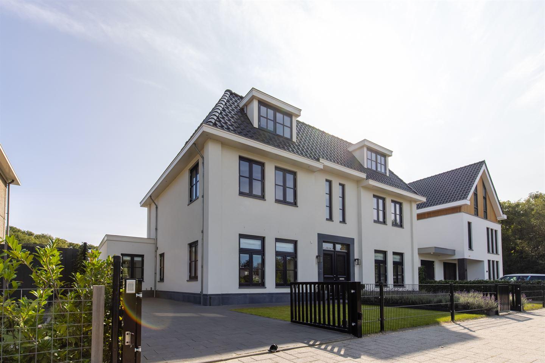 View photo 1 of Adriaan van der Plaslaan 16