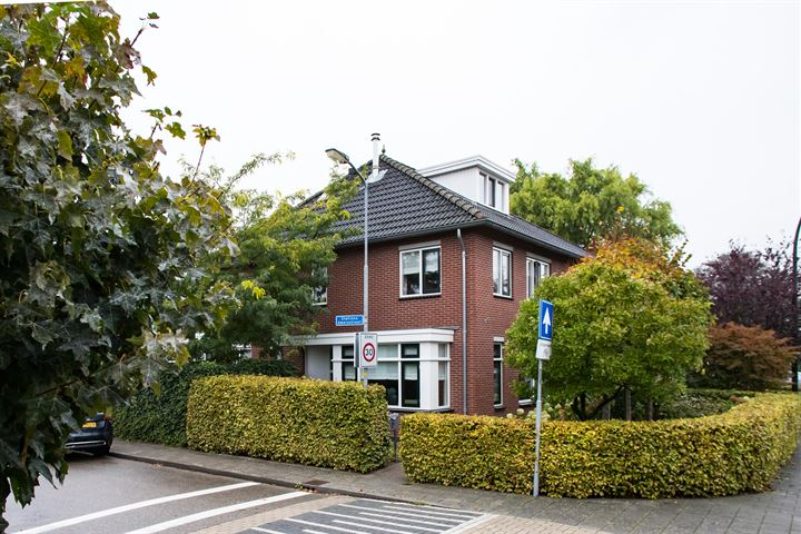 Stationsdwarsstraat 2 a