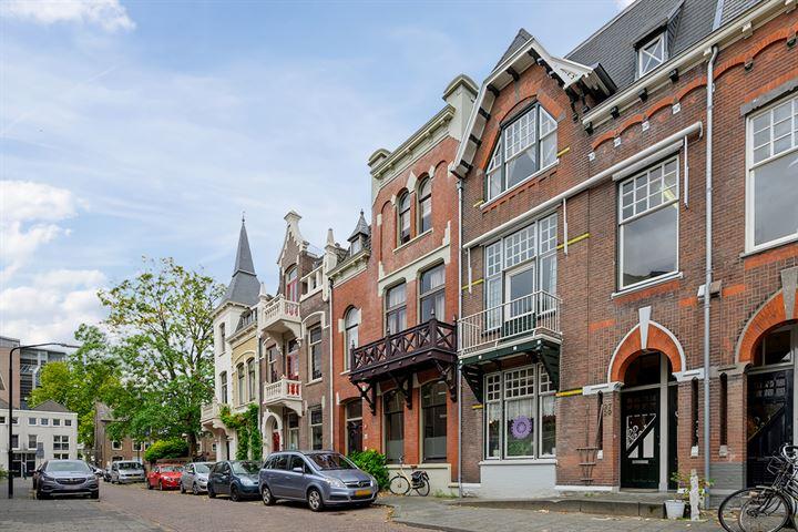 Cornelis van Beverenstraat 29