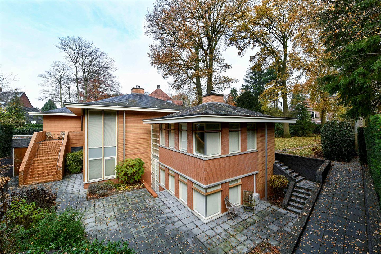 View photo 3 of Hertog Hendriklaan 9