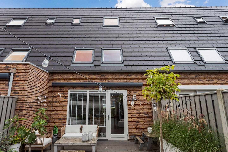 Bekijk foto 3 van Roosje Vechtstraat 28