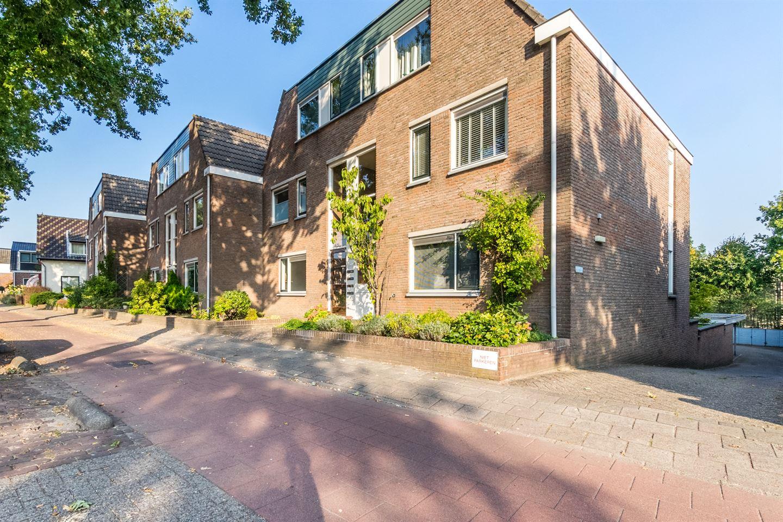 Bekijk foto 1 van Kerkstraat 75