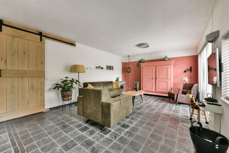 Bekijk foto 3 van Miróstraat 99