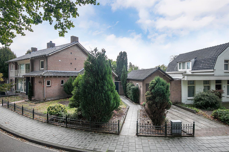 Bekijk foto 1 van Prof. Oppenheimstraat 33