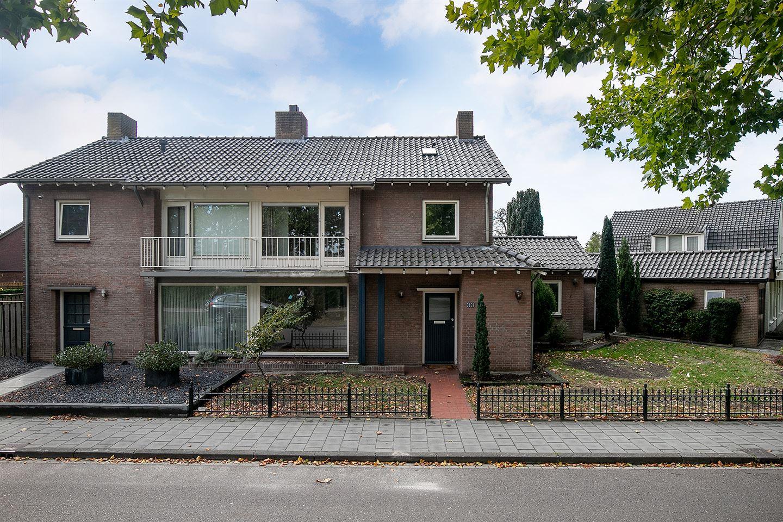 Bekijk foto 3 van Prof. Oppenheimstraat 33