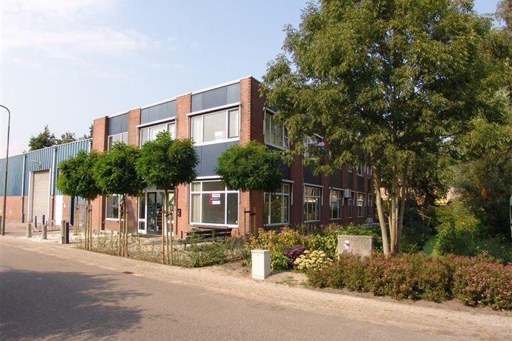 Ambachtenstraat 10 *