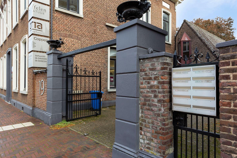 Bekijk foto 2 van Willem II Singel 19