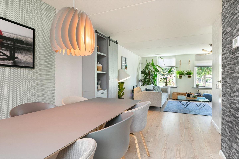 Bekijk foto 5 van Domela Nieuwenhuisstraat 16