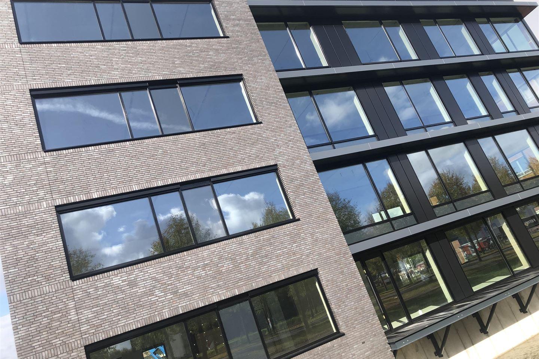 Bekijk foto 3 van Bredaseweg 199
