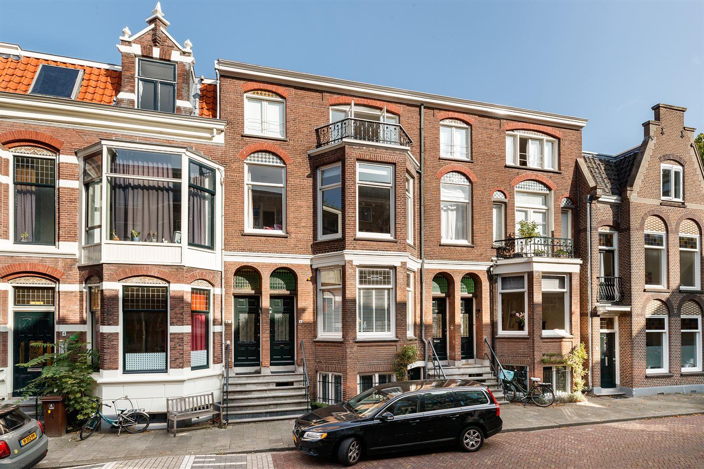 Bekijk foto 1 van Johan de Wittstraat 6