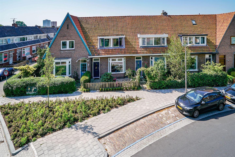 Bekijk foto 1 van Ruysdaelstraat 3