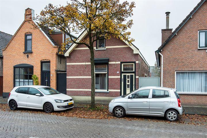 Burgerhoutsestraat 152