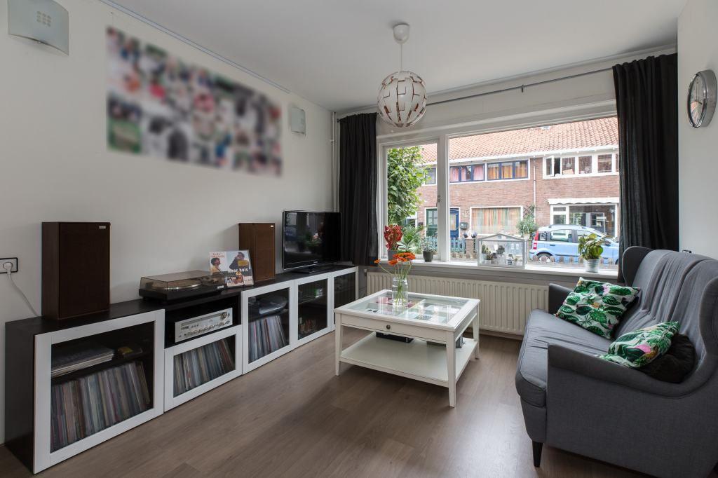 Bekijk foto 2 van Rijnstraat 18