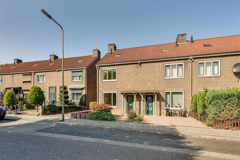Bekijk foto 2 van Joannesstraat 12