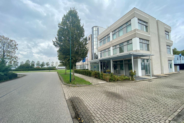 Bekijk foto 3 van Meidoornkade 19