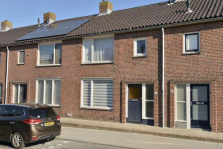 Bekijk foto 1 van Iepstraat 11