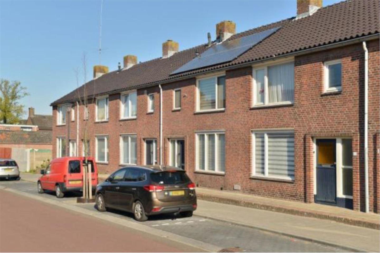 Bekijk foto 2 van Iepstraat 11