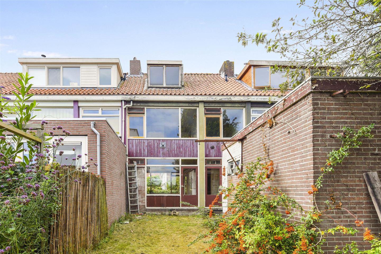 Bekijk foto 1 van Cornelis Roosstraat 23