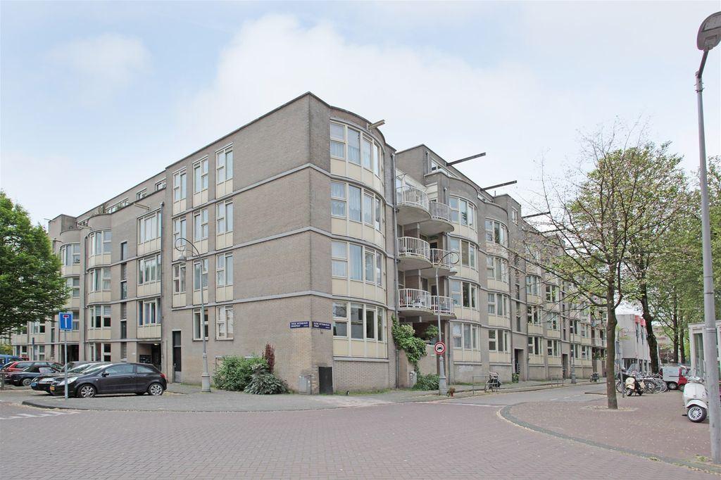 Bekijk foto 1 van Kleine Wittenburgerstraat 174