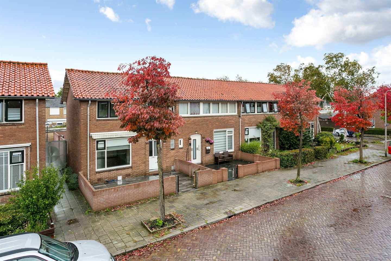 Bekijk foto 2 van Heyinckstraat 30