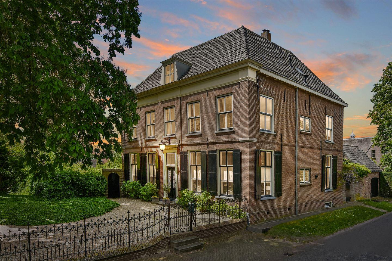 Bekijk foto 2 van Middenstraat 45