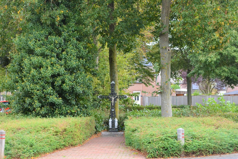 Bekijk foto 2 van Hulststraat 25