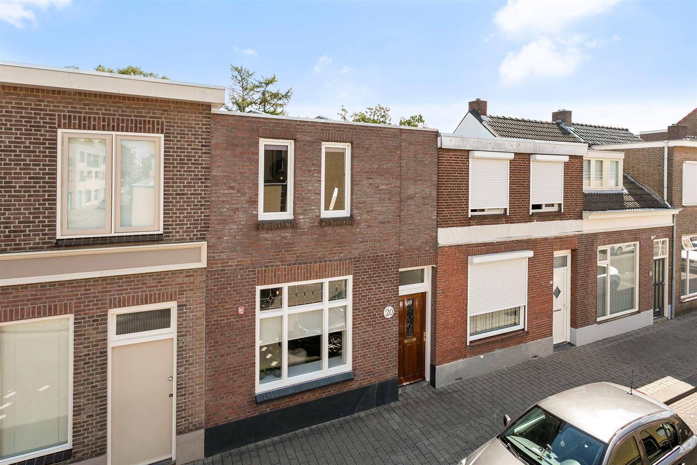 Bekijk foto 1 van Beelsstraat 20