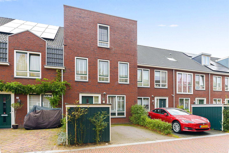 Bekijk foto 1 van C. Kruyswijkstraat 21