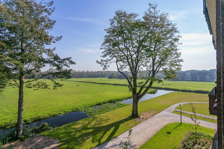 Bekijk foto 1 van Burgemeester Schoute Park 22