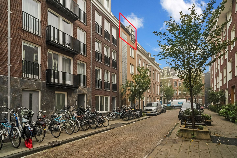 Bekijk foto 1 van Sint Willibrordusstraat 119