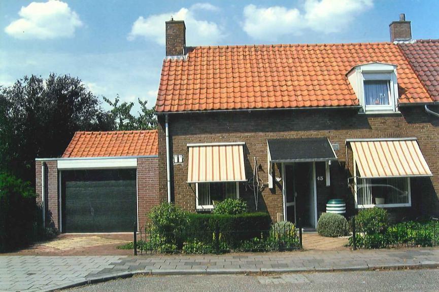 Bekijk foto 1 van Kerkstraat 43