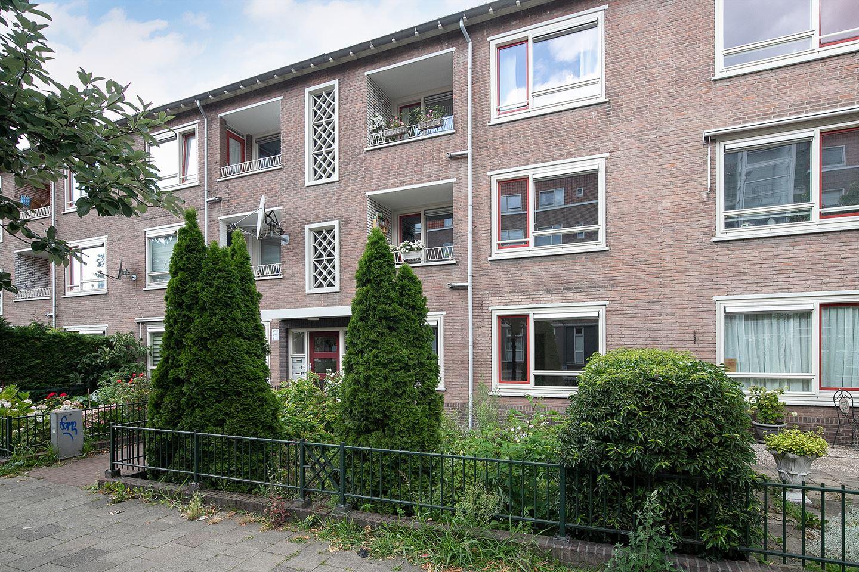 Bekijk foto 4 van Ahornstraat 8