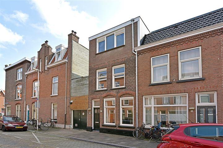 Van Limburg Brouwerstraat 17