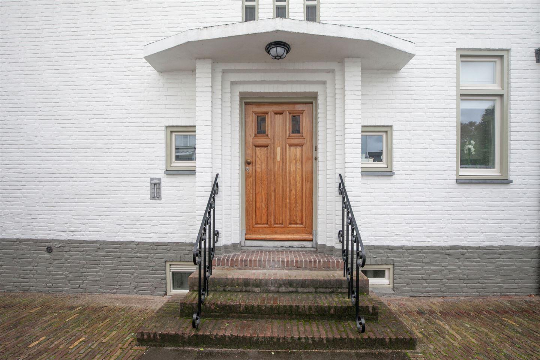 Bekijk foto 4 van Mr. van Coothstraat 40