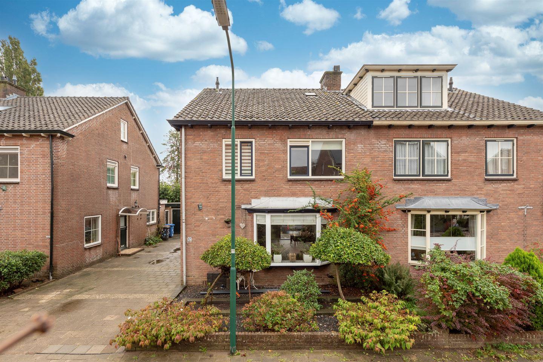 Bekijk foto 2 van Prins Bernhardstraat 12