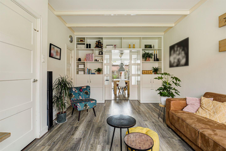 Bekijk foto 4 van van der Helststraat 35