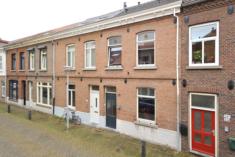 Bekijk foto 2 van Heutzstraat 38