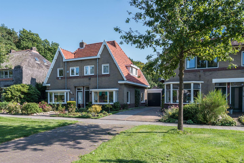 Bekijk foto 1 van Ruysdaelstraat 46