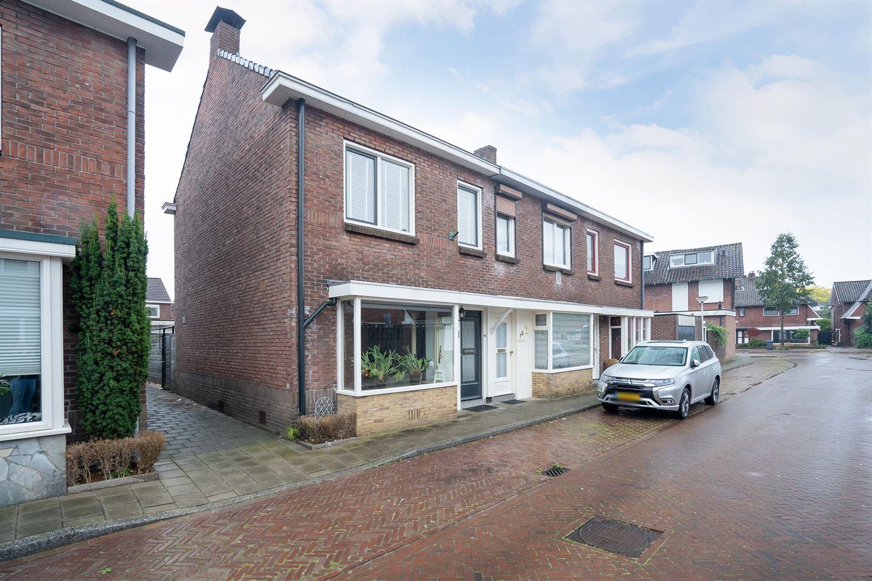 Bekijk foto 3 van Esdoornstraat 71