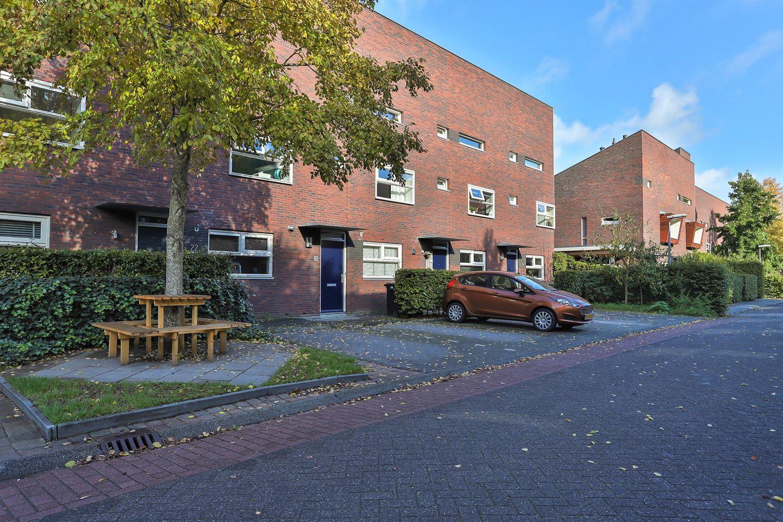 Bekijk foto 2 van Henk Plenterlaan 26
