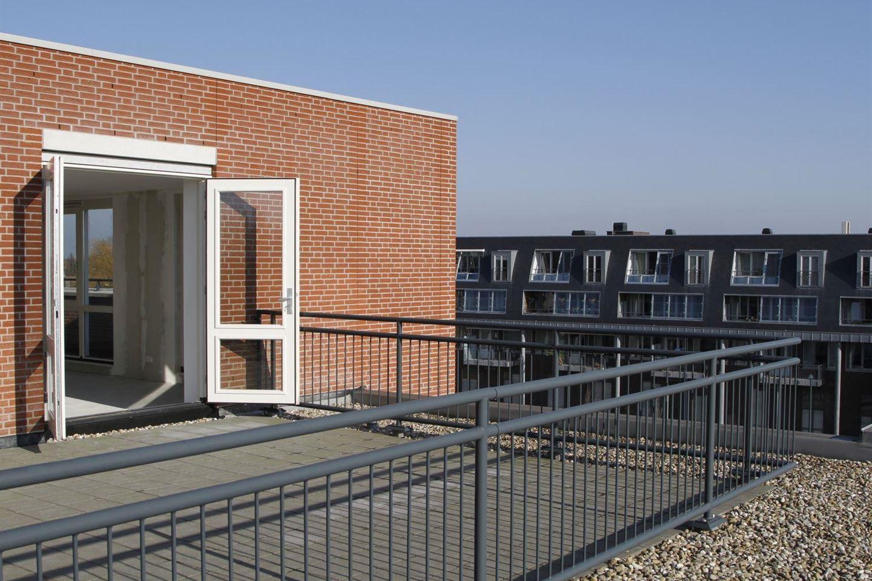 Bekijk foto 3 van Dorpsplein 58