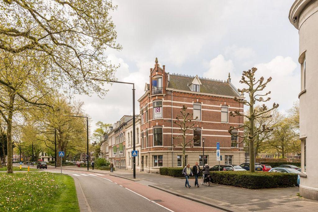 Bekijk foto 1 van Johan de Wittstraat 31