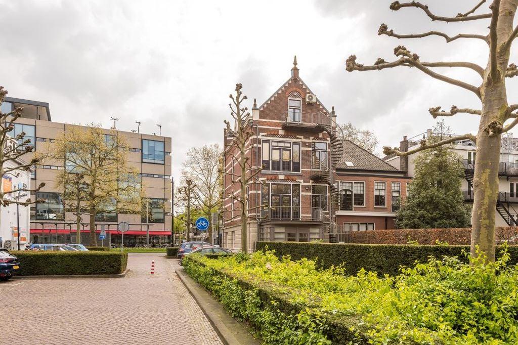 Bekijk foto 3 van Johan de Wittstraat 31