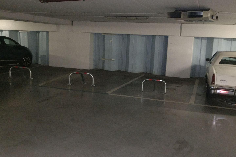 Bekijk foto 4 van Stationsplein (6 parkeerplaatsen)
