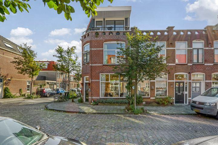Hogerwoerdstraat 26