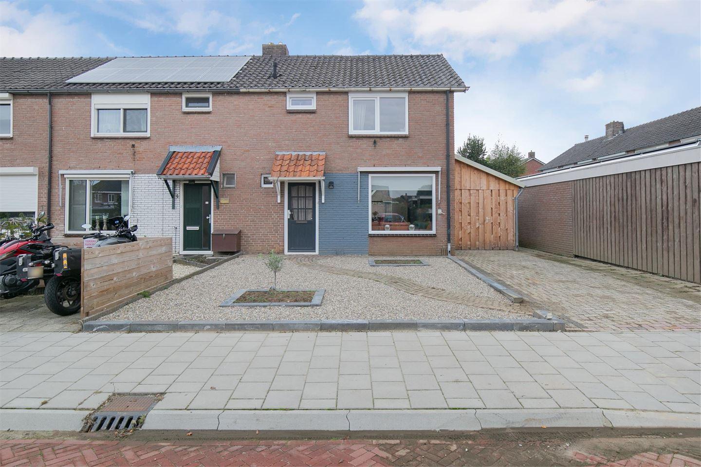 Bekijk foto 2 van Leerinkbeekstraat 2