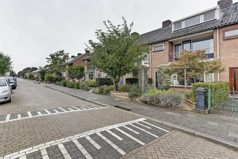 Bekijk foto 1 van Mauritsstraat 4