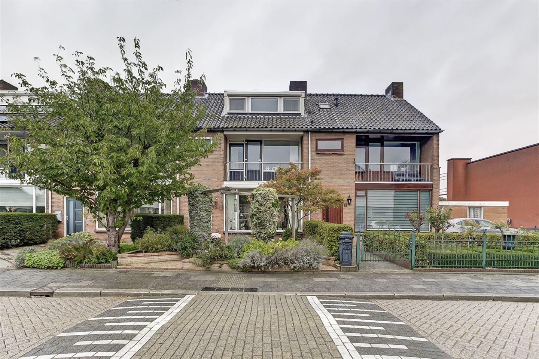 Bekijk foto 2 van Mauritsstraat 4
