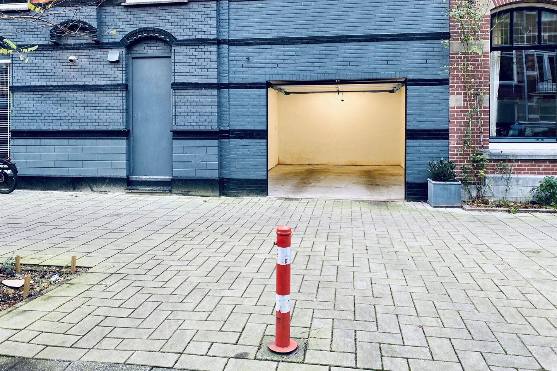 Bekijk foto 1 van Jacob Obrechtstraat 19 H